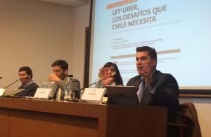 """Conversatorio """"Ley UBER, los desafíos que necesita Chile"""""""