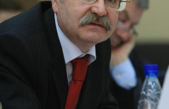 Director del Instituto de Latinoamérica de la Academia de Ciencias de Rusia visita la UDD