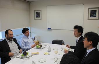 Importante encuentro entre autoridades de la Facultad de Gobierno y diplomáticos japoneses