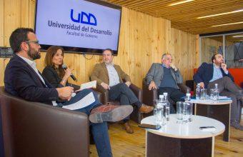 Gobierno organizó exitoso seminario para debatir sobre el futuro de la derecha y la izquierda en Chile